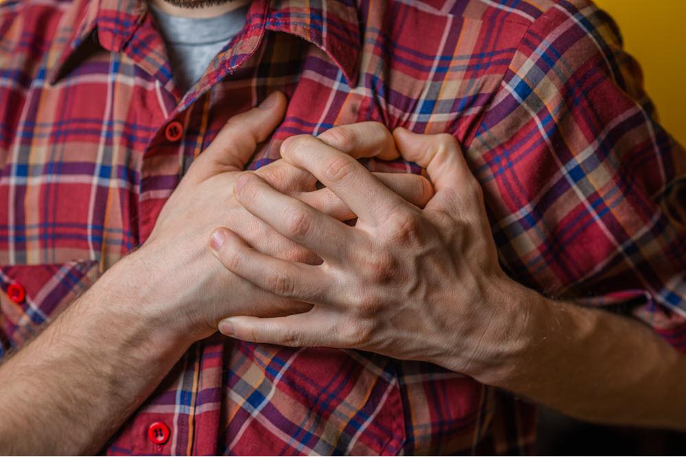 如糖尿病患者有高 血壓時,其發生心血管疾病、腦中風的機率相對增加很多。