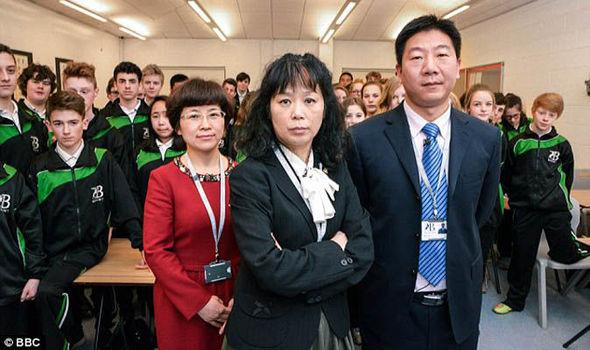在中國老師的指導下的英國學生,這是你所想的嗎?